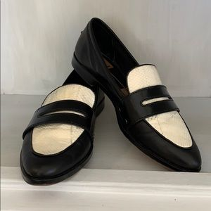 Women's dolce vita size 7 1/2 loafer